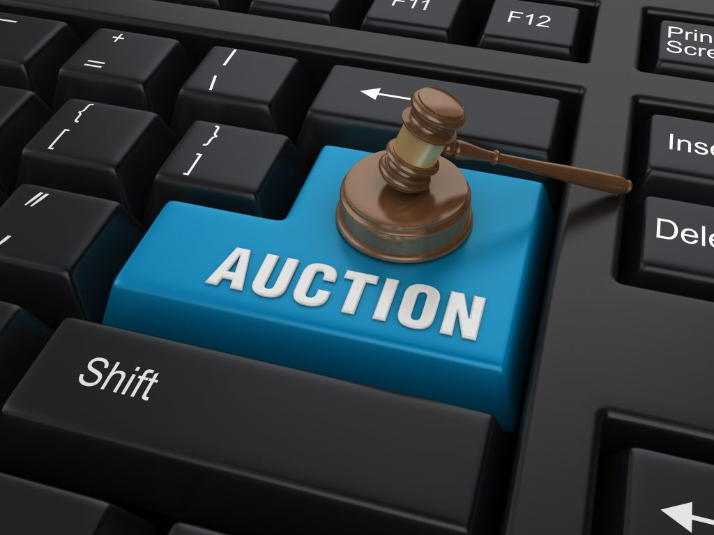 How do online auctions work?