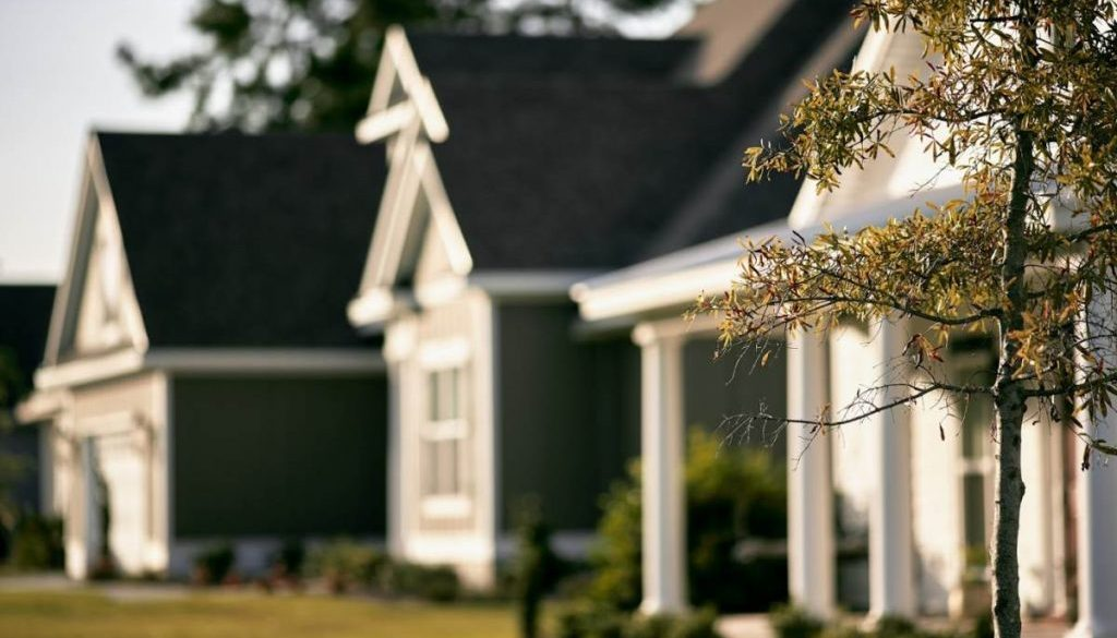Should I sell my home at auction or through private sale?